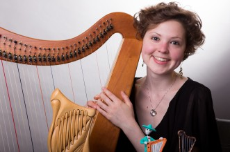Mary with many different harps